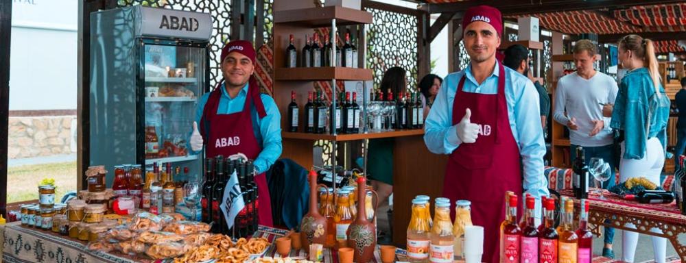 """""""ABAD"""" I Üzüm və Şərab Festivalında iştirak edib"""